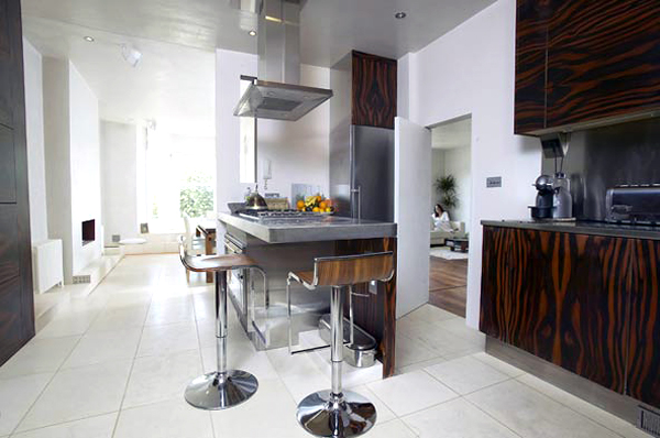 Steel and wood kitchen
